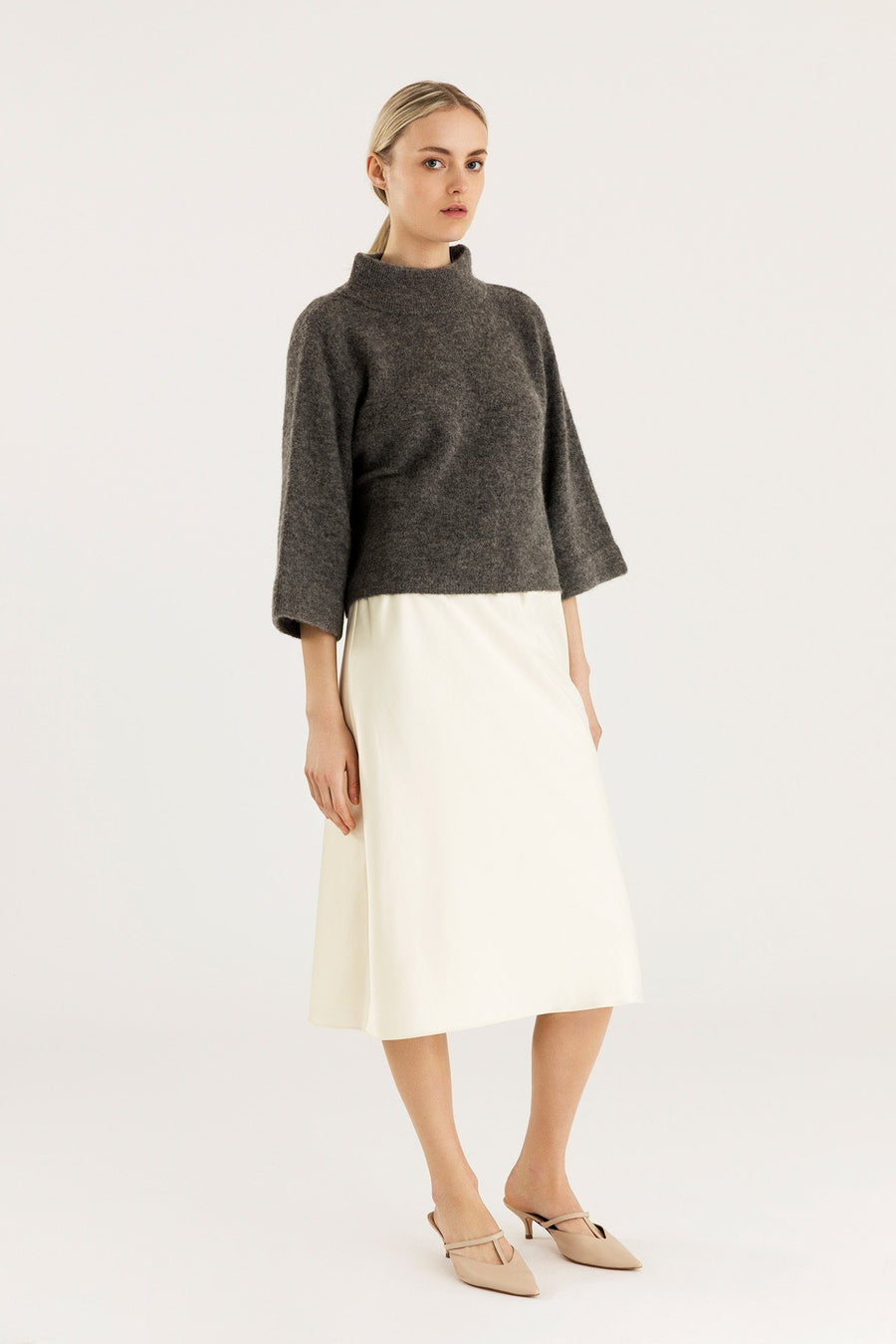 ELITA SWEATER - GREY Sweater Stylein