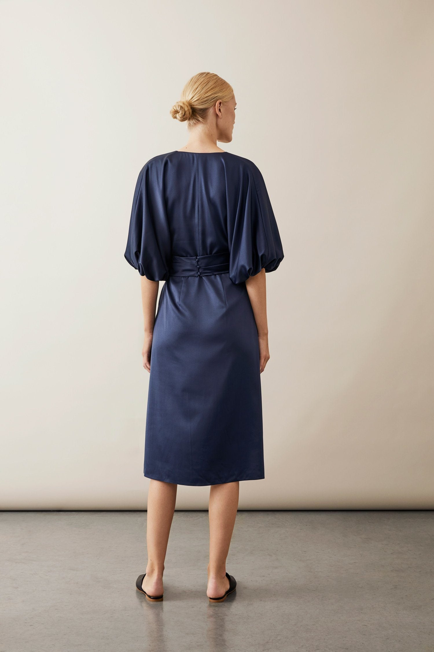MIE DRESS - NAVY Dress Stylein