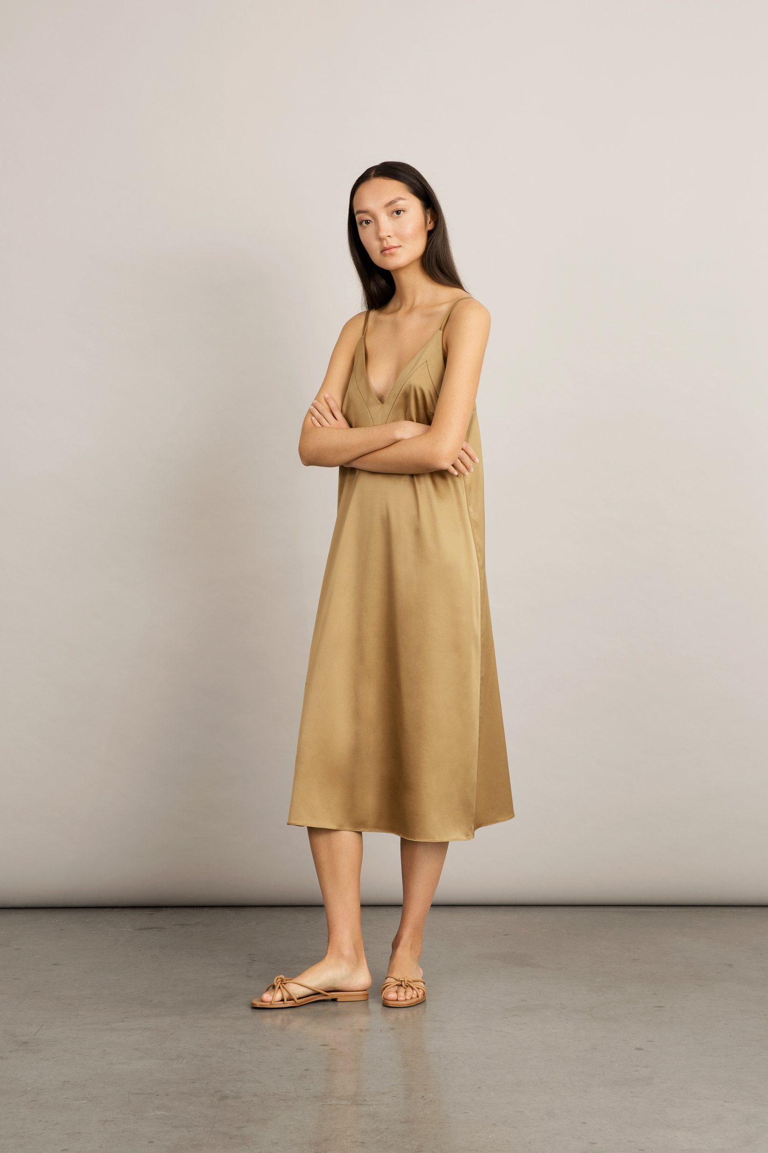 MODA DRESS - BRONZE Dress Stylein