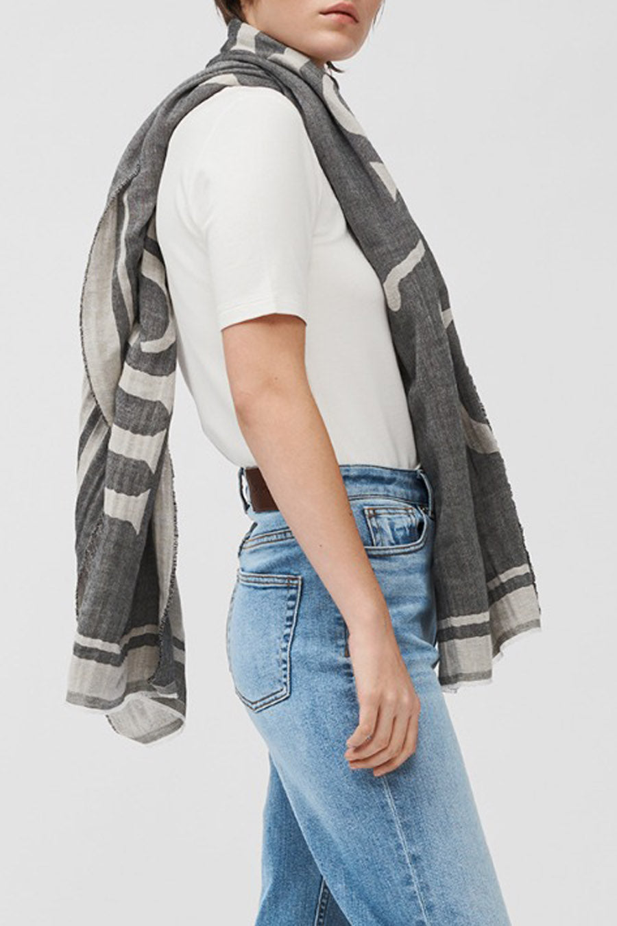YOLONDA SCARF - LIGHT GREY