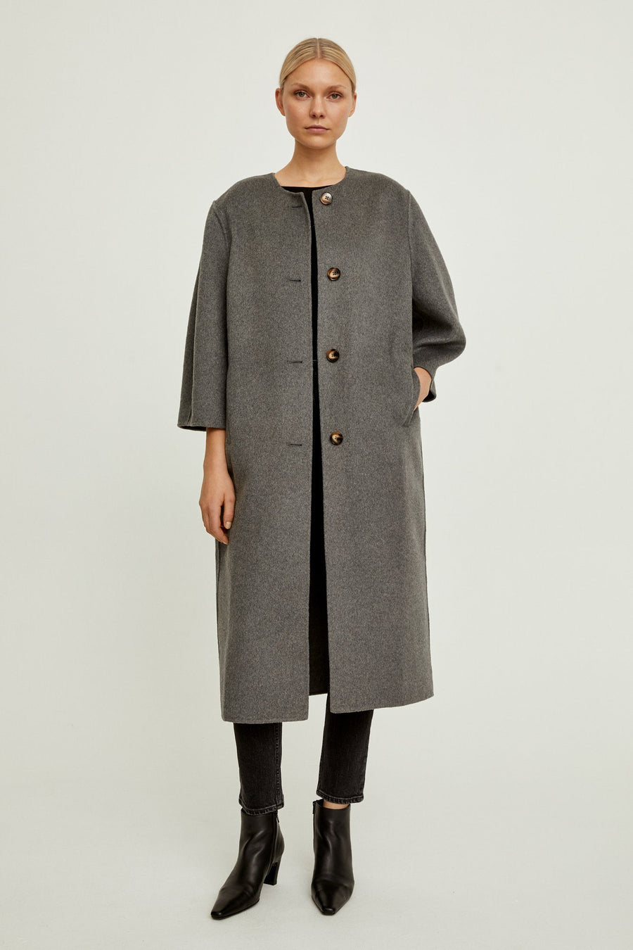 THIRA COAT - GREY Coat Stylein