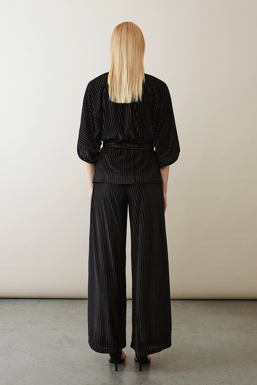 TROIS TROUSERS - BLACK Trousers Stylein