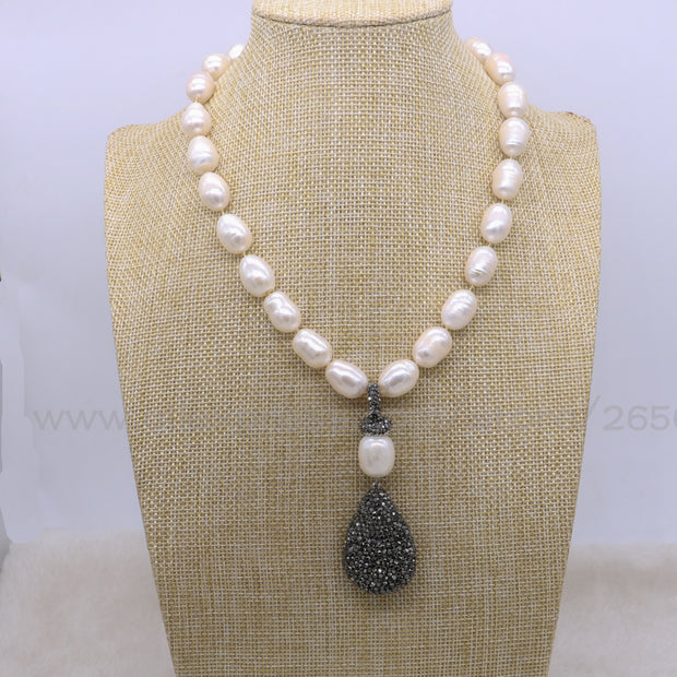 Natural pearl necklace with black drop druzy pendant - Tokalene Jewelry