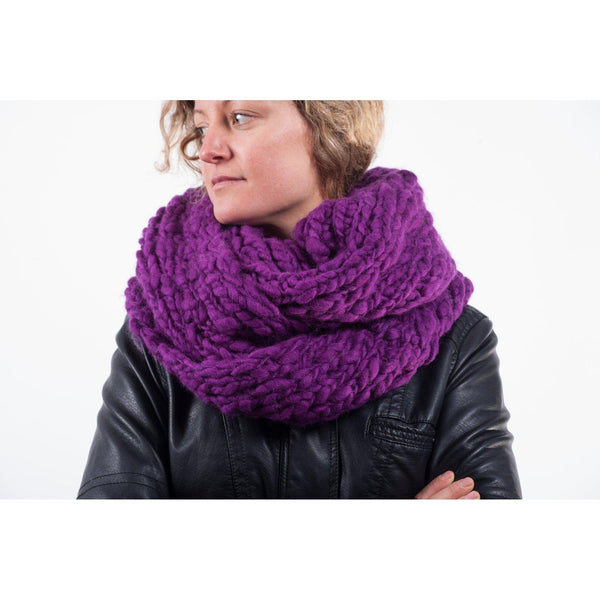 Gift Ideas -  Apparel Chunky Wool Knit Infinity Scarf in 5 Colours