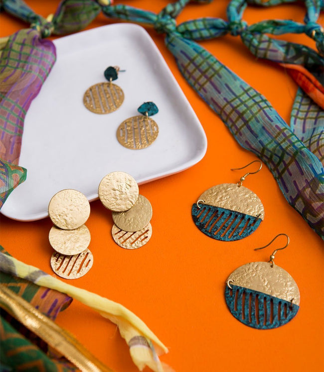 Gift Ideas -  Earrings Nihira Earrings with Gold Coin