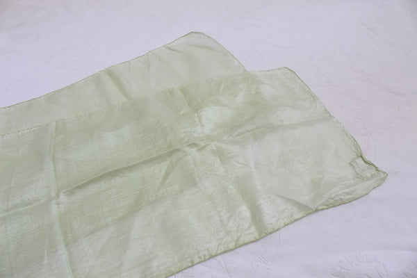 VINTAGE 100% SILK ALAMI LONDON GREEN SCARF - MADE IN INDIA
