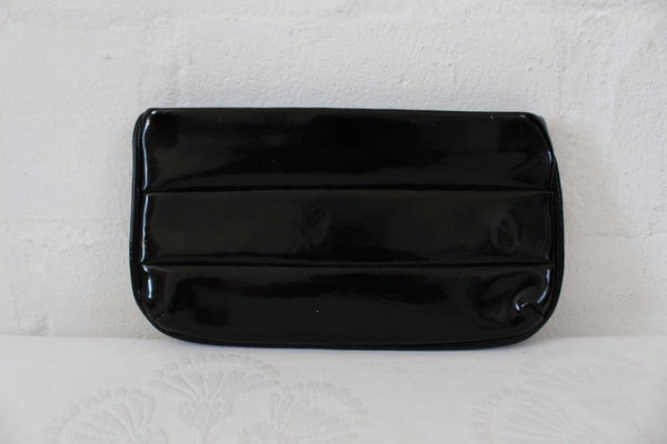 VINTAGE BLACK PATENT VINYL CLUTCH BAG PURSE