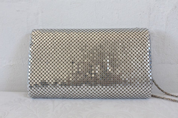 VINTAGE SILVER MESH CHAINMAIL EVENING BAG PURSE
