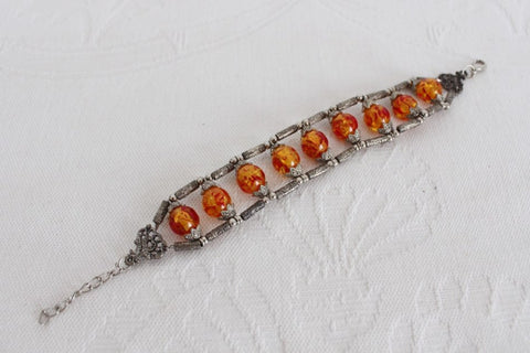 VINTAGE ORANGE BEADED SILVER TONE BRACELET BANGLE