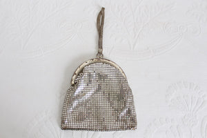 WHITING & DAVIS VINTAGE SILVER PLATED MINI PURSE BAG