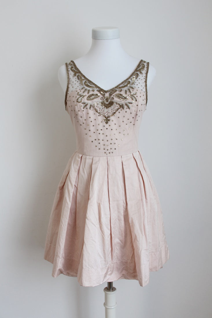 *FOREVER NEW* BLUSH BEADED PLEATED COCKTAIL DRESS - SIZE 10