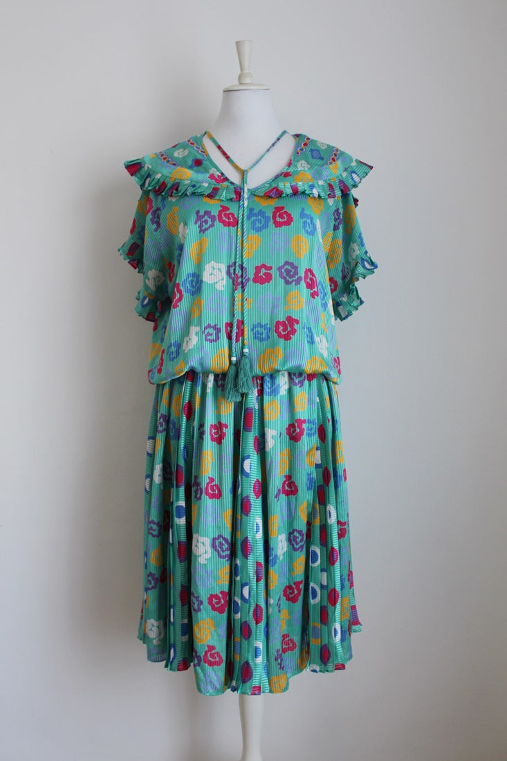 VINTAGE TURQUOISE PRINTED PLEATED DRESS - SIZE XL