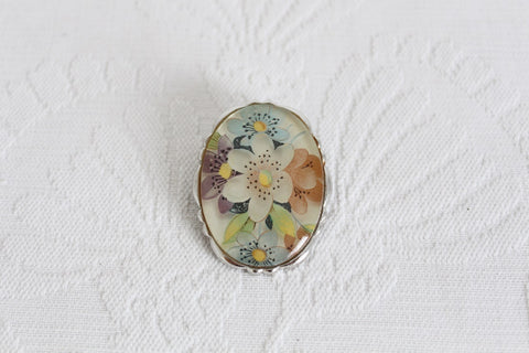 VINTAGE FLOWER PRINT ACRYLIC SCARF CLIP RING