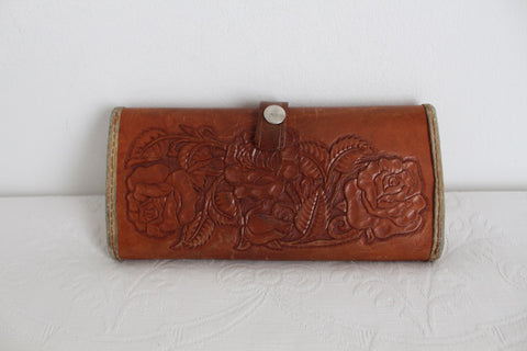 VINTAGE TOOLED FLORAL GENUINE LEATHER CLUTCH WALLET