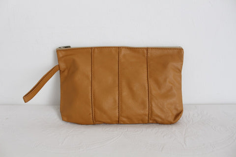 VINTAGE TAN BROWN GENUINE LEATHER CLUTCH PURSE