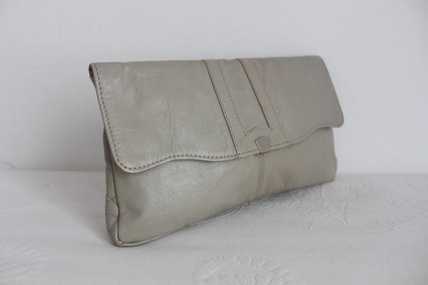 VINTAGE GENUINE LEATHER GREY CLUTCH BAG PURSE