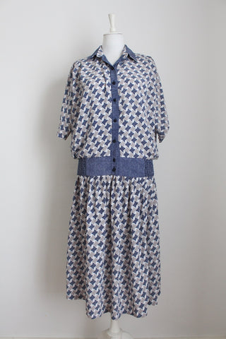 VINTAGE NAVY PRINTED TWO PIECE SET - SIZE 12
