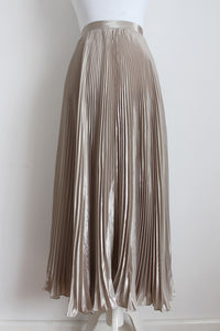 *JENNI BUTTON* VINTAGE SILVER PLEATED MAXI SKIRT - SIZE 12