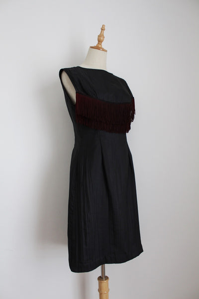 VINTAGE BLACK FRINGED SHIFT DRESS - SIZE 6