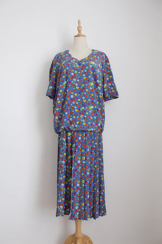 VINTAGE BLUE FLORAL PRINT DROP WAIST DRESS - SIZE 18