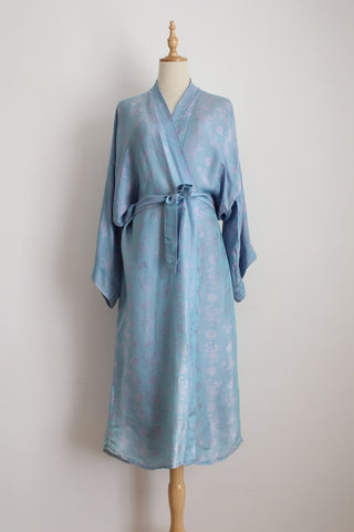 100% SILK VINTAGE BLUE CHINESE GOWN ROBE - SIZE M