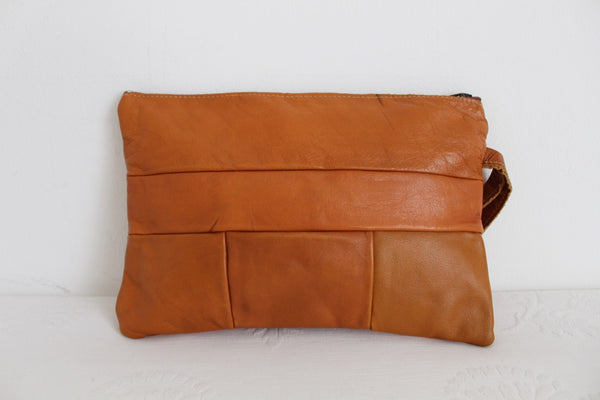 VINTAGE TAN GENUINE LEATHER CLUTCH BAG