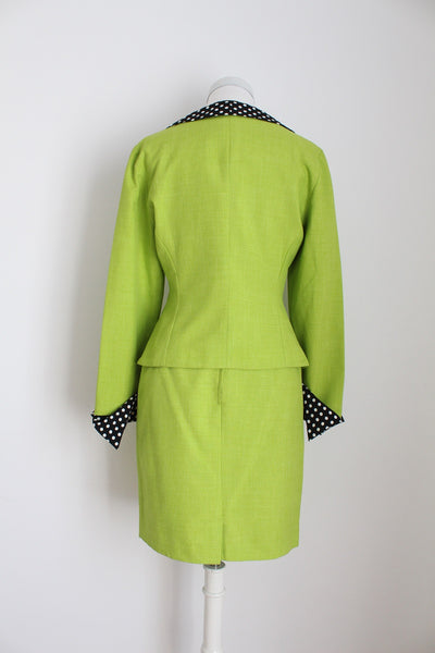 VINTAGE GREEN TWO PIECE SKIRT SUIT - SIZE 6