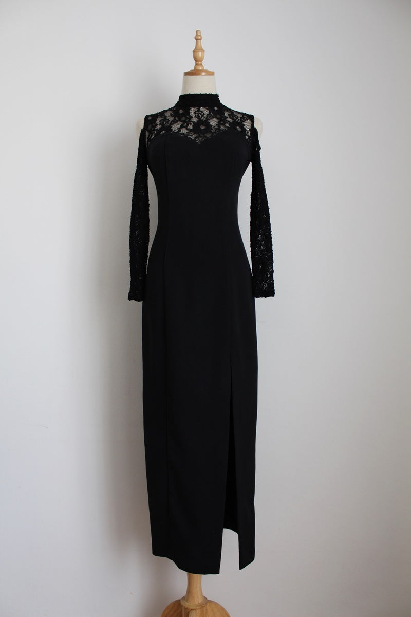 VINTAGE BLACK LACE OPEN SHOULDER EVENING DRESS - SIZE 6