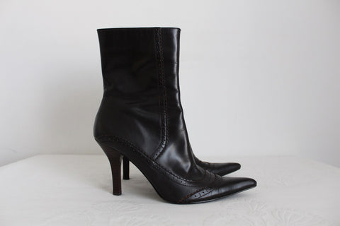 WOOLWORTHS GENUINE LEATHER BROWN ANKLE BOOTS - SIZE 6