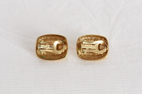 VINTAGE GOLD TONE COSTUME CLIP-ON EARRINGS