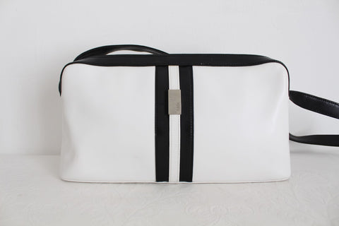 *MEDICI GERMANY* VINTAGE GENUINE LEATHER WHITE HANDBAG