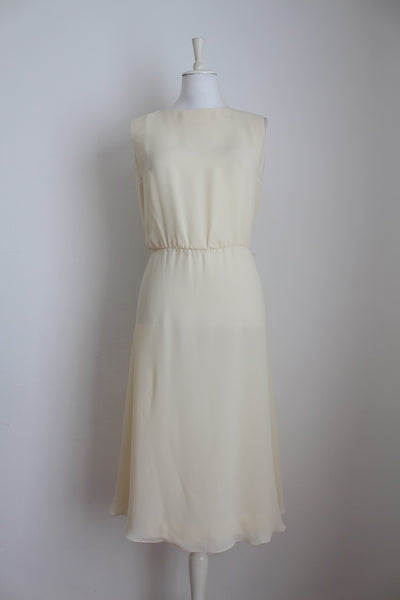 VINTAGE TWO PIECE CREAM LACE DRESS SET - SIZE 12