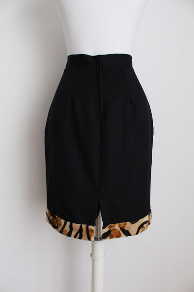 VINTAGE FAUX FUR BLACK WOOL FITTED SKIRT - SIZE 6