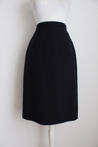 VINTAGE WOOL NAVY PINSTRIPE PENCIL SKIRT - SIZE 8