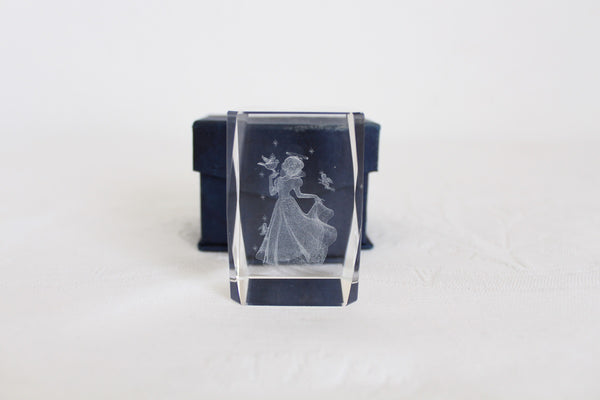 SNOW WHITE DISNEY LASER ETCHED GLASS PAPERWEIGHT