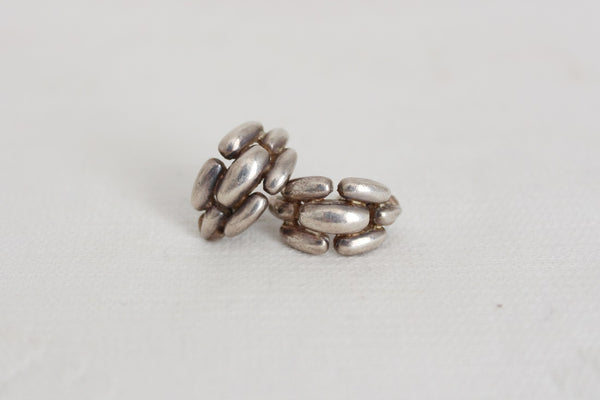 VINTAGE SILVER CHAIN STUD EARRINGS