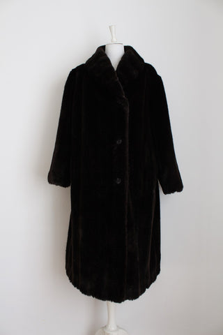 VINTAGE FAUX FUR BROWN LONG COAT - SIZE 20