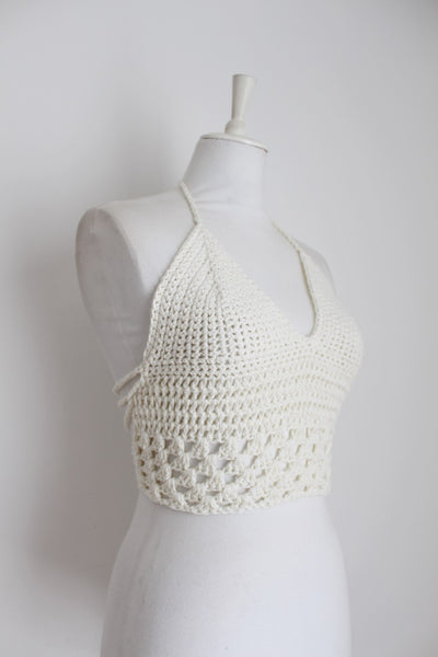 VINTAGE CROCHET KNIT WHITE HALTER TOP - SIZE S