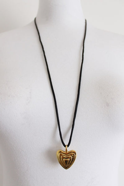 VINTAGE CHUNKY HEART GOLD TONE NECKLACE