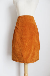 GENUINE PIG SUEDE LEATHER VINTAGE TAN SKIRT - SIZE 12