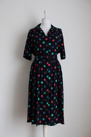 VINTAGE POLKA DOT PRINT BLACK BELTED DRESS - SIZE 12