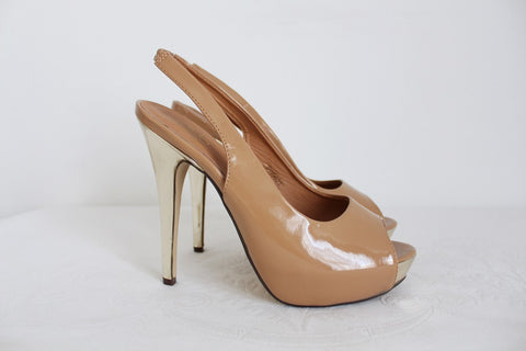 NUDE PATENT SLINGBACK HEELS - SIZE 7