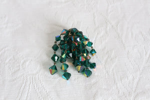 VINTAGE GREEN RAINBOW CRYSTAL BEADED CLUSTER BROOCH