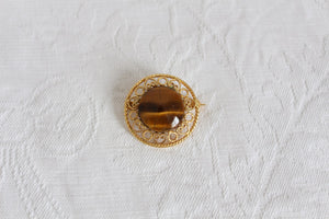 VINTAGE TIGERS EYE GEM STONE GOLD FILIGREE BROOCH