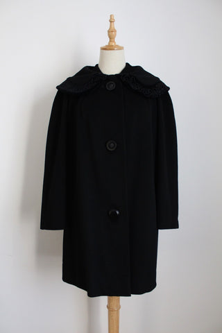 VINTAGE BLACK OVERSIZE COLLAR SWING COAT - SIZE 12