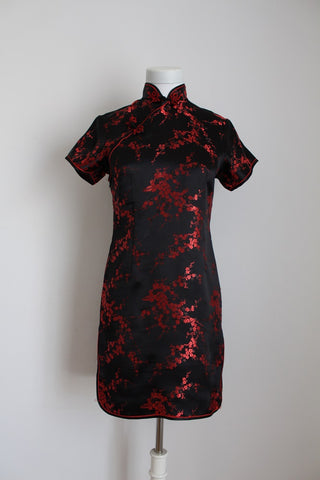 CHINESE STYLE BLACK RED SATIN DRESS - SIZE 6