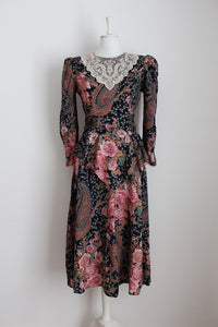 VINTAGE FLORAL LACE COLLAR TIE DRESS - SIZE 10