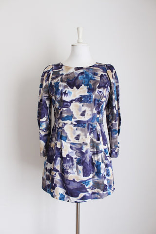 ANNE KLEIN BLUE PRINTED BLOUSE - SIZE 8