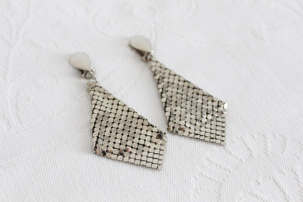 VINTAGE CHAIN MAIL MESH SILVER TONE CLIP-ON EARRINGS