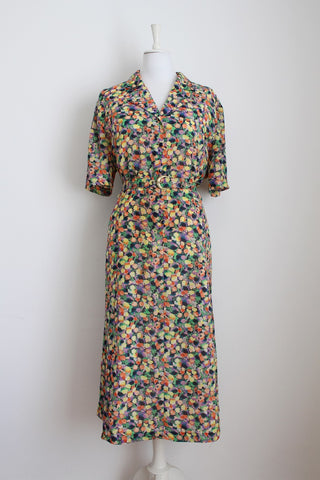 VINTAGE ABSTRACT PRINT YELLOW BELTED DRESS - SIZE 20